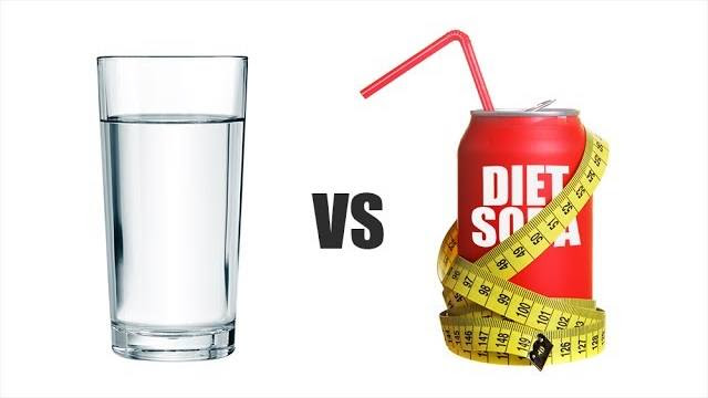 water vs soda We've all been hearing mixed health reviews about diet soda for years in the past, if you were looking to lose weight, health advocates would always tell you to switch from regular soda to diet soda—which makes sense from a calorie standpoint.